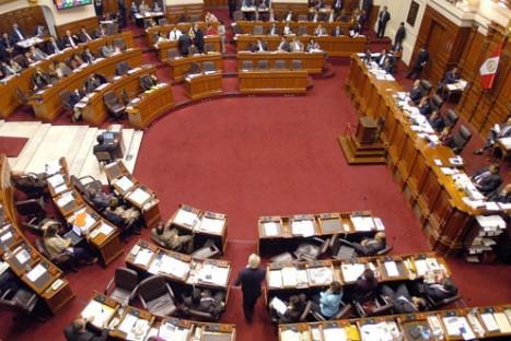 Congreso aprueba nueva norma que beneficiará a 180 mil trabajadores