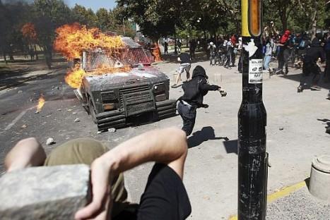 Estudiantes chilenos causan otra vez disturbios en las calles