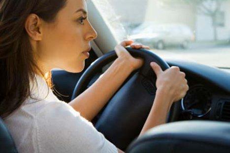 ¿Problemas al conducir? Tips para mujeres que manejan