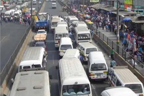 71 porciento de limeños respalda reordenamiento del transporte, según encuesta