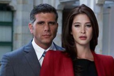 Actriz Karina Cruz negó romance con Christian Meier