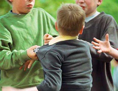 Lanzan plan para erradicar bullying de las escuelas