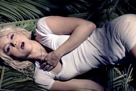 Video: Shakira despliega sensualidad en nuevo video