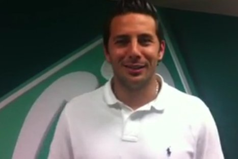 Pizarro dedicó video de despedida a hinchas del 'Werder Bremen'