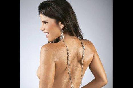 Sandra Arana se desnudó en sensual sesión fotográfica