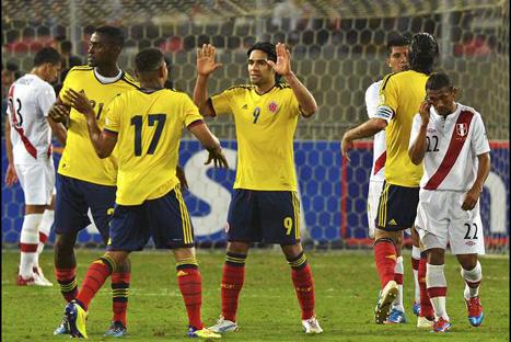 Perú cayó ante Colombia 1-0