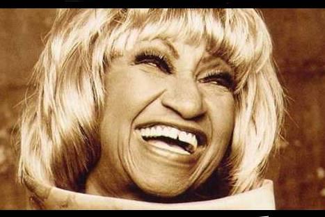Recordando a Celia Cruz a 9 años de su partida
