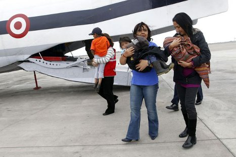 Nadine Heredia y ministra Ana Jara recibieron a niños rescatados de terroristas