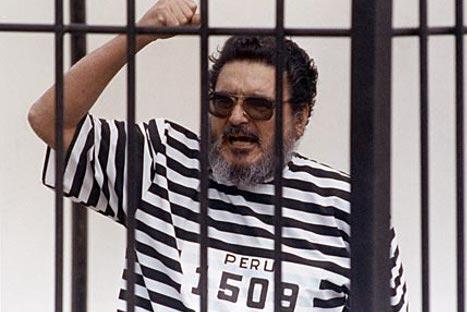 Resultado de imagen para Foto de Abimael Guzmán detenido