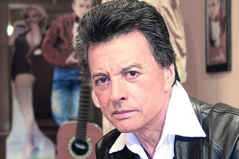 Palito Ortega fue internado por dolor en el pecho