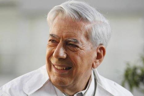 Mario Vargas Llosa fue galardonado con el Premio Internacional Carlos Fuentes