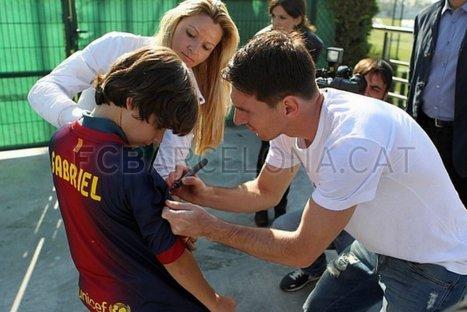 VIDEO: Niño sin pies cumplió su sueño de jugar con Lionel Messi