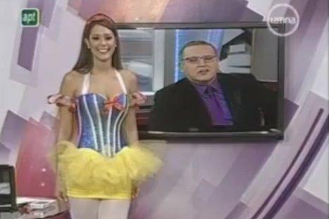 VIDEO: Karen Schwarz sorprendió con sexy disfraz de Blanca Nieves