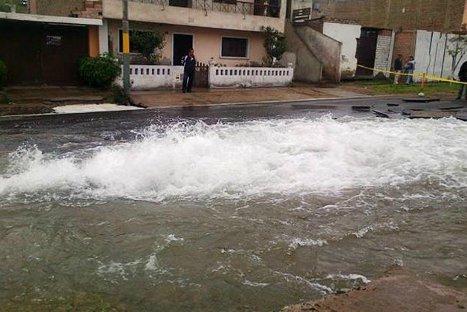 Rotura de tubería matriz afectó varias viviendas en Villa María del Triunfo
