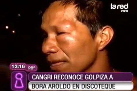 Agreden a 'bora' Aroldo en discoteca chilena – VIDEO