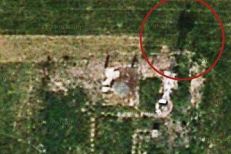 Mujer descubre fantasma cuando veía a través de Google Maps