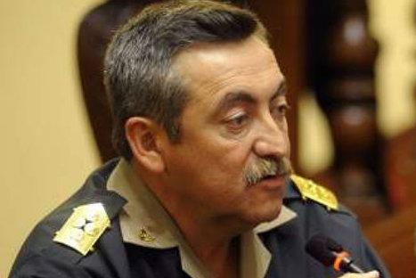 Raúl Salazar renunció a la dirección general de la PNP - Radio