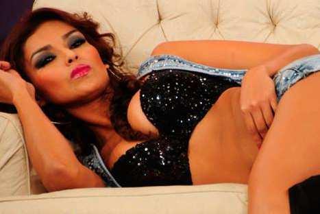 El Gran Show: La sensual presentación de 'Ñañita' Claudia Portocarrero al ritmo de rock - VIDEO