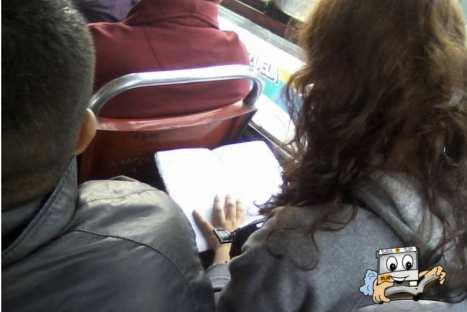 Lanzan concurso para promover la lectura en transporte público