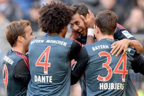 Claudio Pizarro anotó un golazo de chalaca al estilo Super Campeones