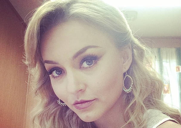 Angelique Boyer sufrió maltrato (VIDEO)