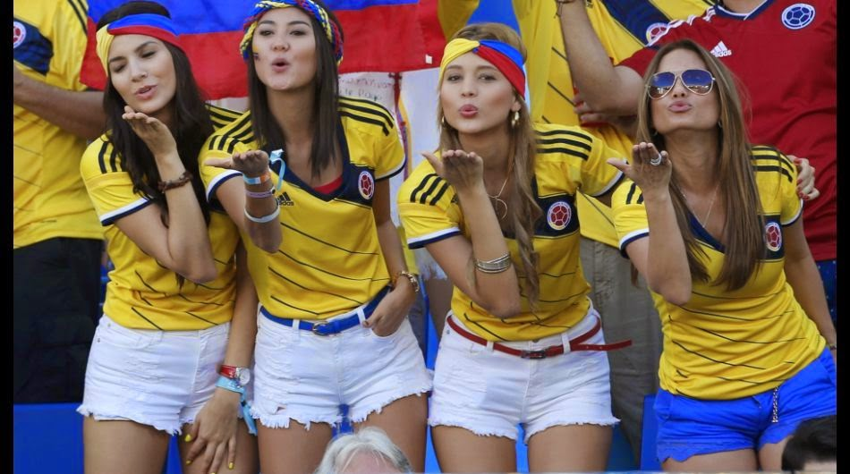 ¿Discriminación? Pollería es acusada de preferir a colombianas por este anuncio