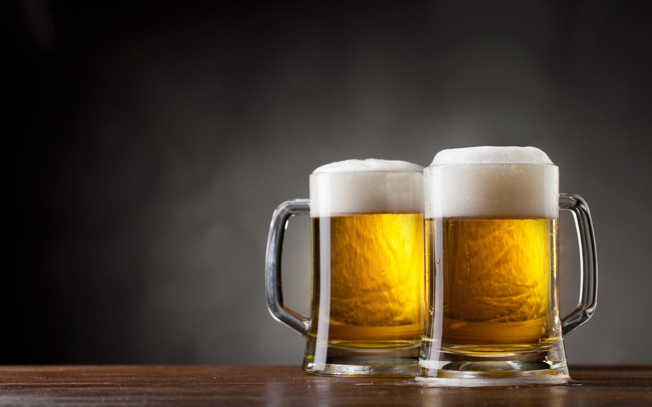 Atención caballeros: Beber cerveza ayudaría ¿a salvar sus matrimonios?