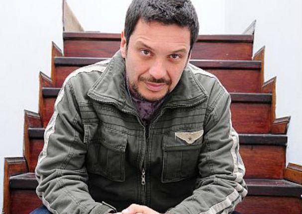 Actor de 'Mil Oficios' arremete contra reconocido conductor de Latina