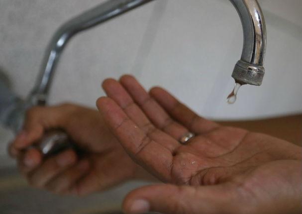 Fenómeno El Niño: Sedapal anunció que bajará presión de agua en las noches