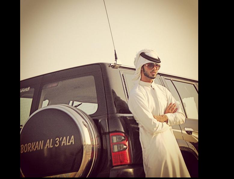 Omar Borkan: Esta es la lujosa vida del 'hombre más guapo del mundo' (FOTOS)