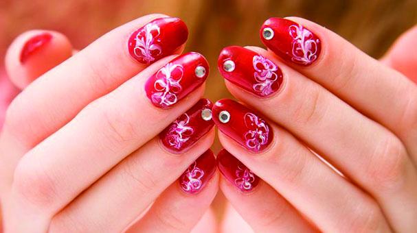 Horóscopo: ¿Qué dice la astrología sobre tus uñas?