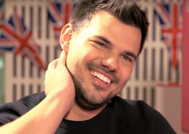 Taylor Lautner: Actor de 'Crepúsculo' luce irreconocible (FOTOS)
