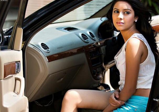 Suicidio de conocida actriz de Bollywood causa conmoción en el mundo (VIDEO)