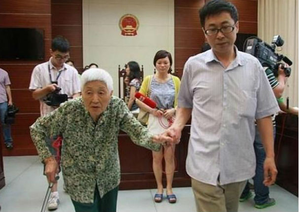 Shangái impondrá castigo ejemplar a hijos que no visiten a sus padres