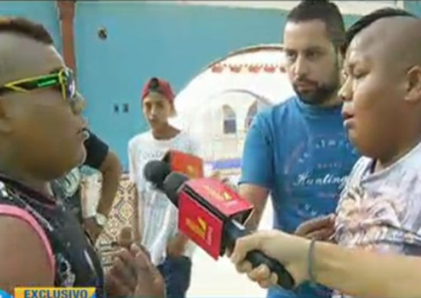 Mayimbú se enfrentó a su clon en vivo (VIDEO)