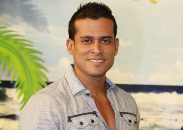 Carlos Cacho dejó entrever que Michelle Alexander conoce la cama de Christian Domínguez (VIDEO)