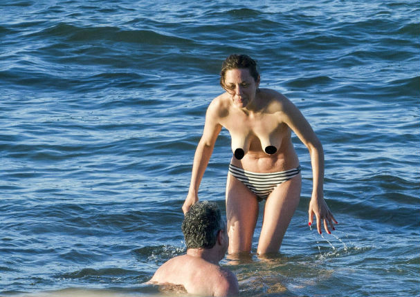 Brad desnuda y desnuda pitt