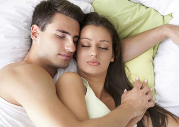 Pareja: Cuéntame cómo duermen y te diré qué tipo de relación tienen