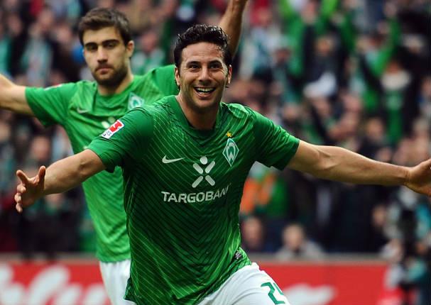 Destacan en el extranjero a reconocido futbolista peruano como jugador de la fecha