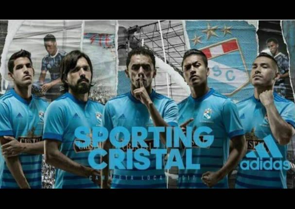 Filtran foto con camiseta oficial de Sporting Cristal 2017