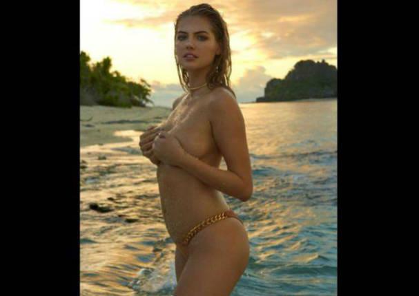 Novia de famoso deportista posó en topless - FOTOS
