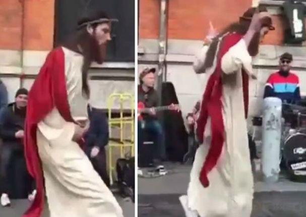 Viral: Caracterizó a 'Jesús' y nadie esperaba este baile en plena Pascua - VIDEO