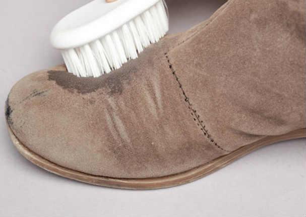 Así es como se limpia unos zapatos de gamuza | Tips y Salud