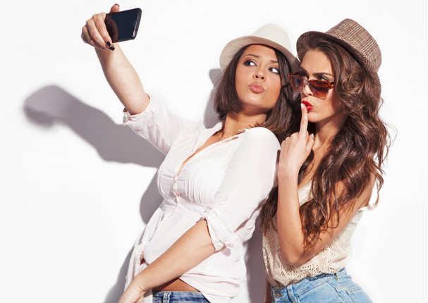 ¡Alerta! ¿Te tomas muchas 'selfies'? Podrías sufrir esta enfermedad