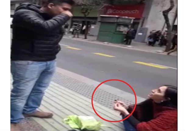 Pide matrimonio a su pareja y él reaccionó de la peor manera (VIDEO)