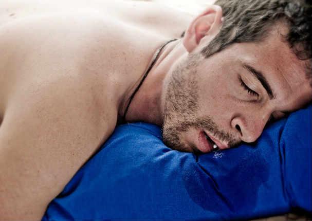Babear mientras duerme significa que tu salud...