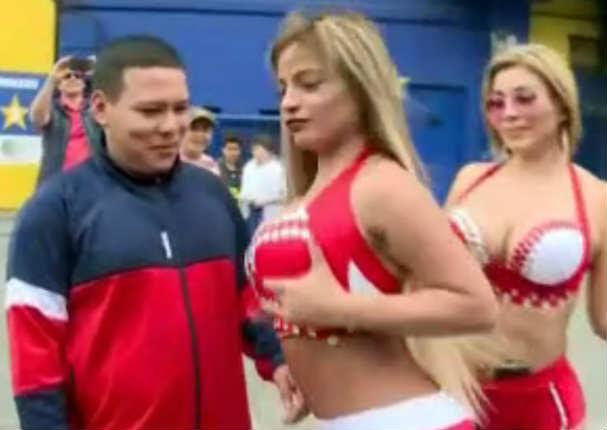 Peruana se dejó tocar parte íntima por hincha argentino y le llovieron las críticas - VIDEO