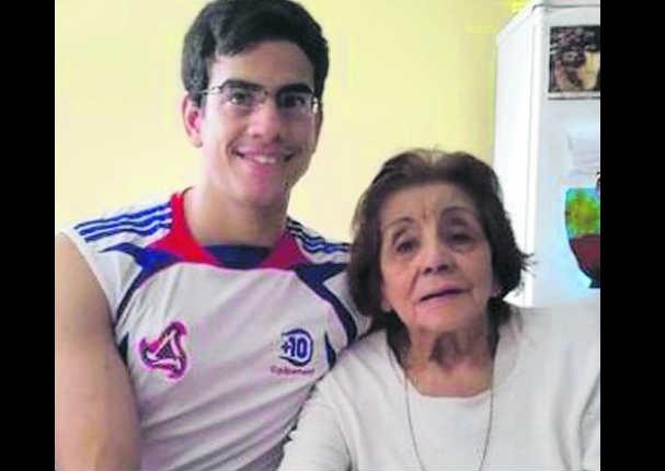 Joven se casó con su abuela de 91 años y ahora pelea por pensión