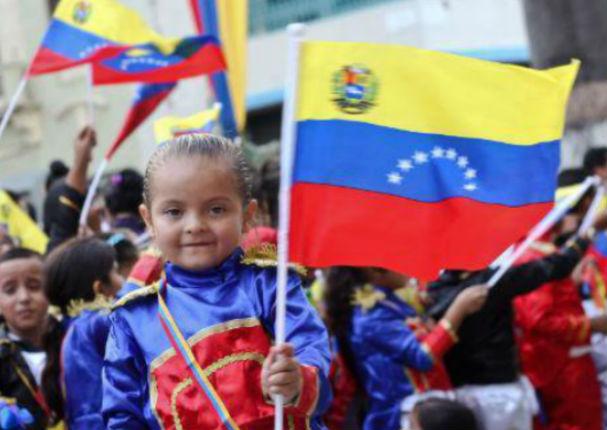 Una 'luz de esperanza' para niños venezolanos