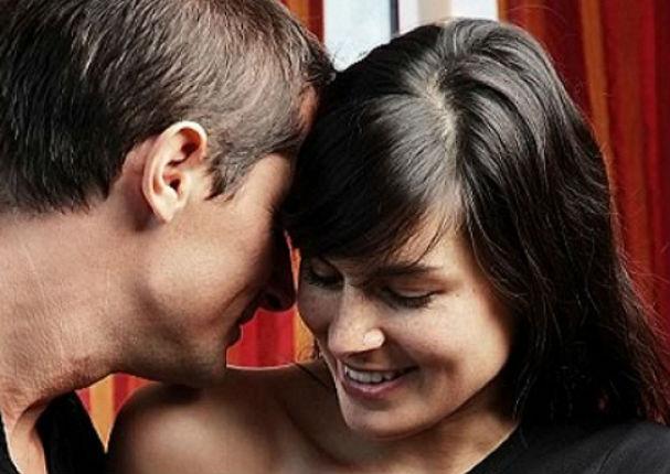 Cómo seducir a tu pareja sin necesidad de hablar